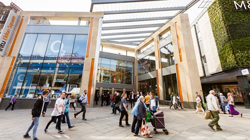 Intu and its portfolio of shopping centres will join the enlarged company Hammerson plc