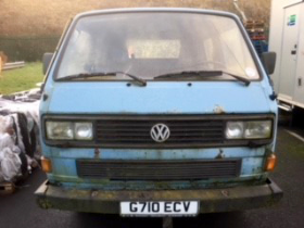 The team will take part in the rally in a 1985 VW van