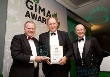 STV md Edwin Allingham at last year's GIMA Awards