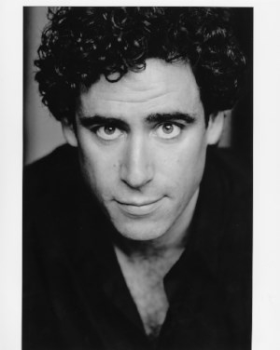 Stephen Mangan will host the 2018 GIMA Awards
